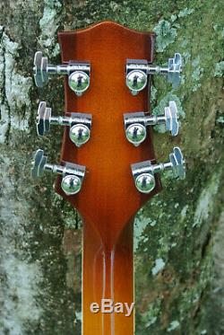2009 J TRIGGS CUSTOM BUILT ARCHTOP JAZZ GUITAR with FLOATING PICKUP! LOT #Z28