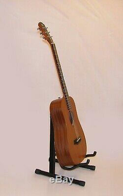 Baby Taylor 305-M Mini-Dreadnought Mahogany 6 Strings Acoustic Guitar