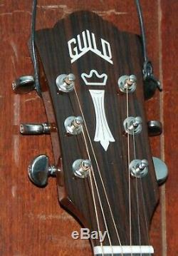 Guild F-150CE Jumbo Spruce Top Acoustic-Electric Steel String Guitar withCase