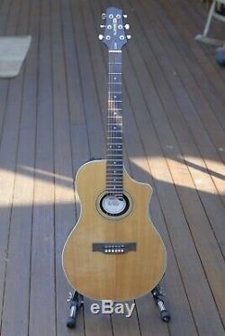 Line 6 Variax Acoustic 700 Guitar- Martin D28, Gibson J45, Gibson SJ200, Guild