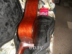 Madera Acoustic Guitar