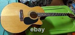 Takamine Jasmine ES44C Acoustic Electric Guitar with fender case