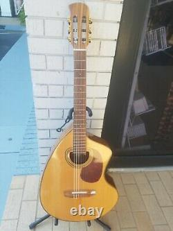 Used Giannini Craviola 1900 Acoustic/Electric Nylon String Classical Guitar
