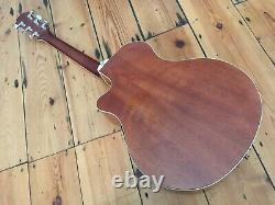 Yamaha APX 700 II Electro Acoustic Guitar Excellent Condition